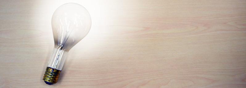 light-bulb-1170777_1920